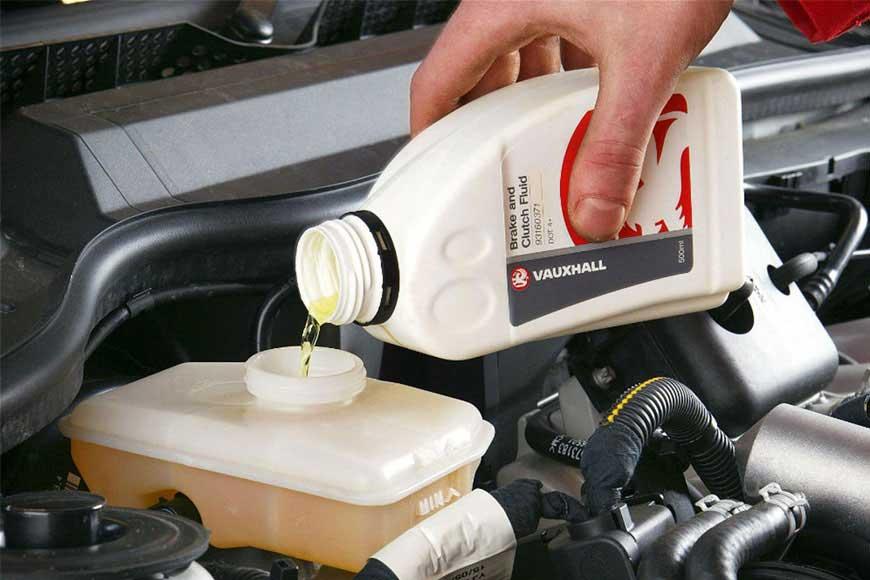Замена тормозной жидкости в автосервисе для Москвы в Коломне